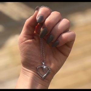 Jewelry - CZ diamond heart necklace